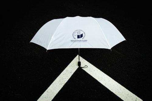 dáždnik malý biely EUBA